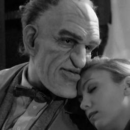 Rondo and Bob-Kelsey Pribilski as Mae Hatton