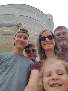 Jennifer Schilling family.jpg
