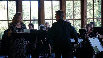Deborah Scott Hammons SSO Singing3 6-16-