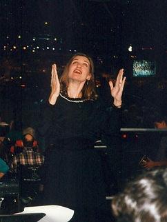 Pamela Farley Billy Graham singing.jpg