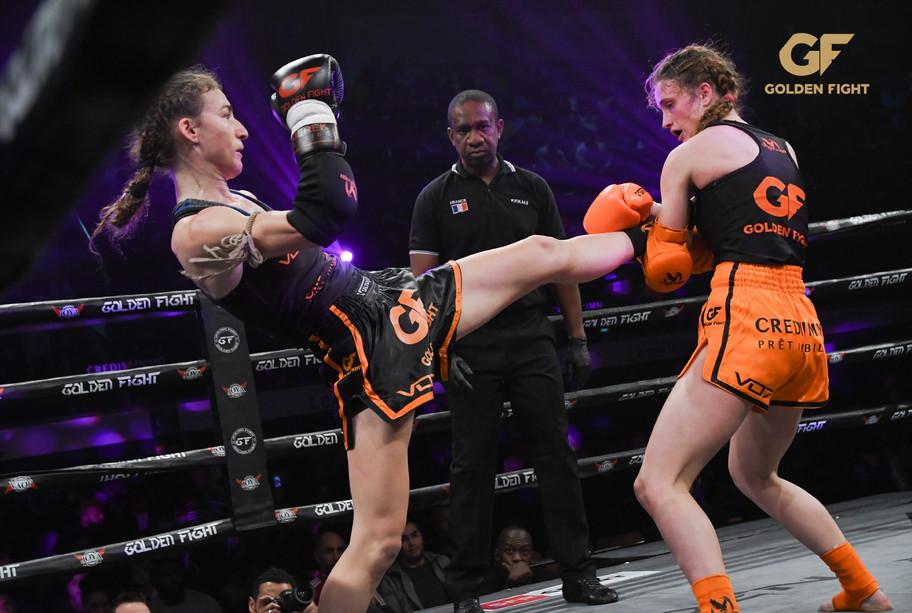 Fani PeloumpiVSMonika Chochlikova 1/2 Finale Golden Fight