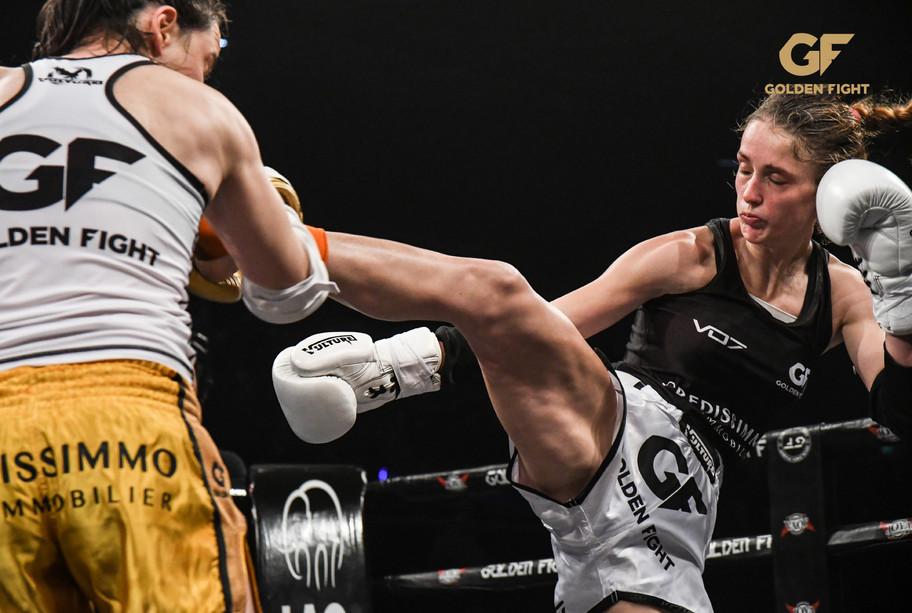 Myriame Djedidi VSMonika Chochlikova Finale Golden Fight