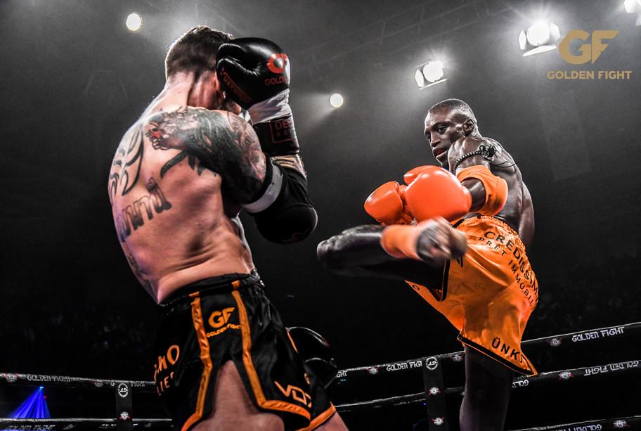 Bobo Sacko vs Liam Harrison