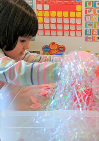 Kids explore the world through their senses