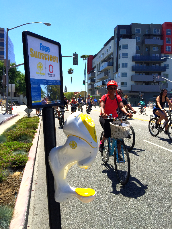 Ciclavia sunscreen dispenser