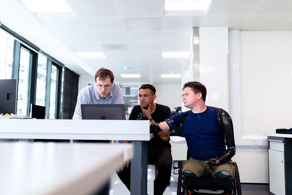 men-checking-on-the-computer-3913019.jpg
