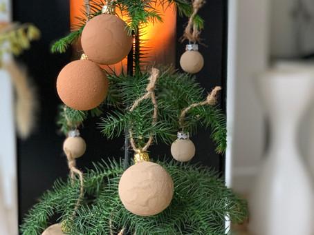 DIY #27: Boules de Noël customisées