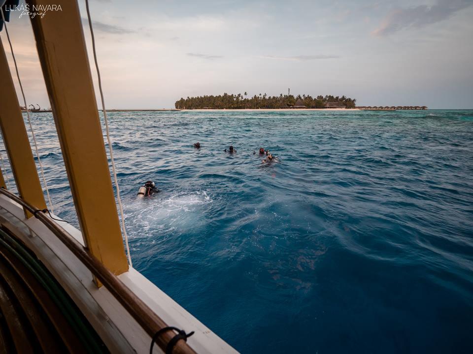 31. Thinadhoo, Maledivy