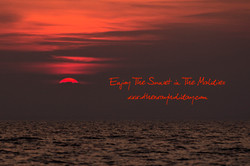 Flickr - Sunset, view from the island Rasdhoo