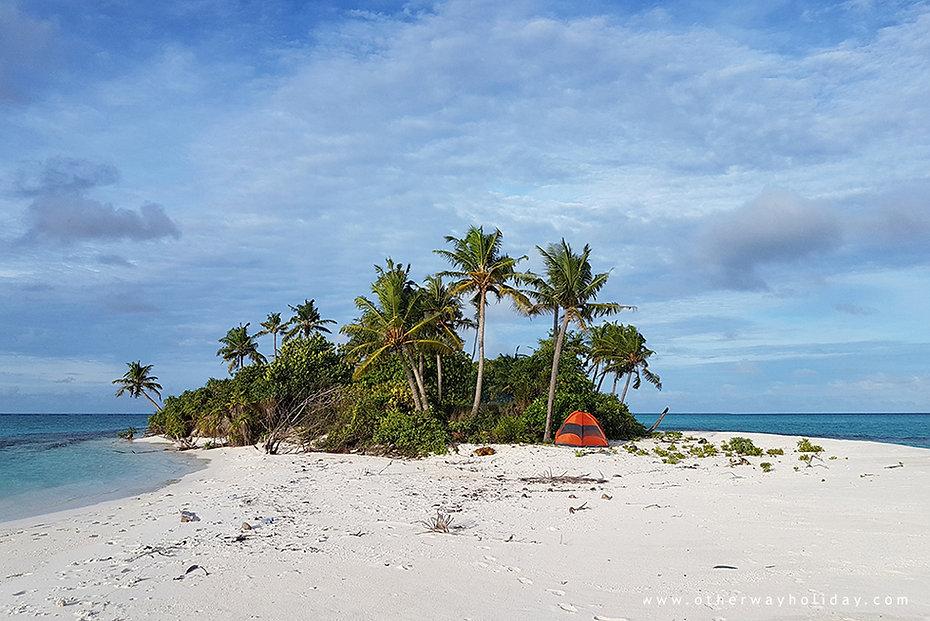 Stanování a kempování na Maledivách