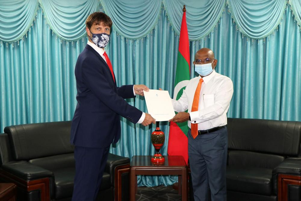 Jmenování Jaromíra Kalčice do funkce Honorárního konzula Maledivské republiky
