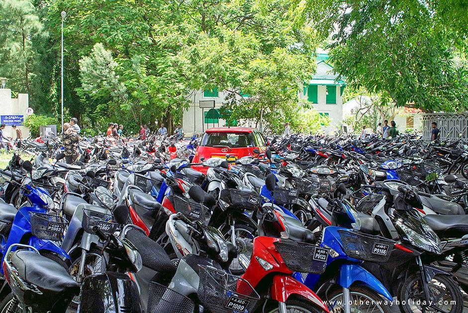 Pronájem motocyklu na Maledivách