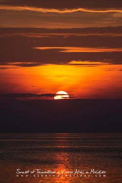 Západ slunce na Thinadhoo