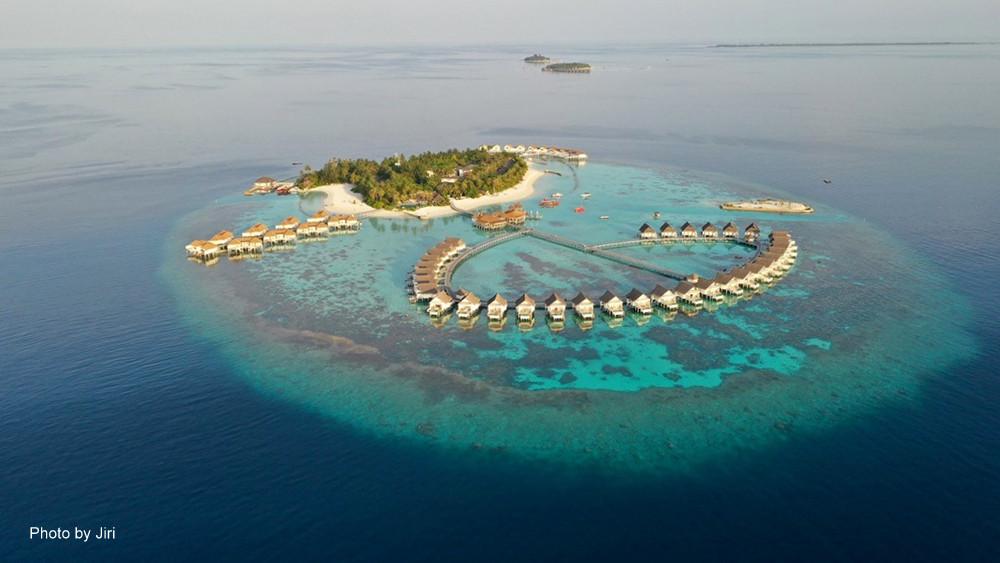Centara Grand na Alif Dhaal atolu na Maledivách