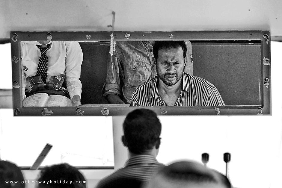 veřejným trajektm Maledivy, public ferry