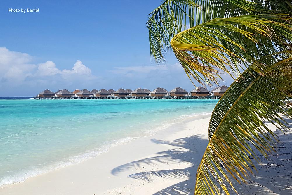 Vakarufalhi Island Resort, Maledivy