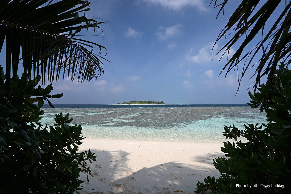 Plumeria Maldives, Boutique, Thinadhoo, Vaavu atol, Maledivy