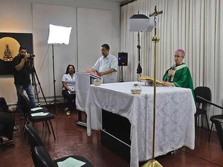 A Santa Missa pelo celular: uma opção dos novos tempos
