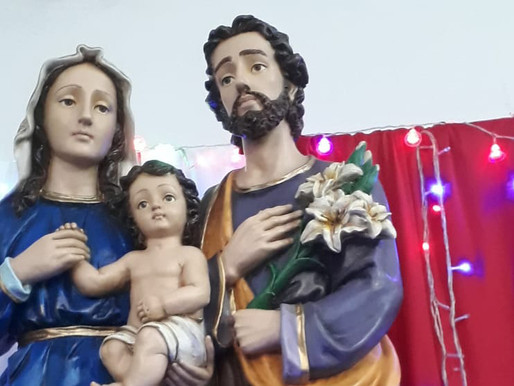 Paróquia Sagrada Família de Uberaba - Tríduo em louvor a Sagrada Família