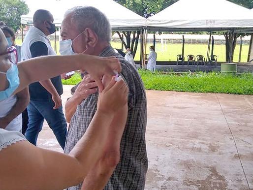 O clero da Arquidiocese de Uberaba já está sendo imunizado!
