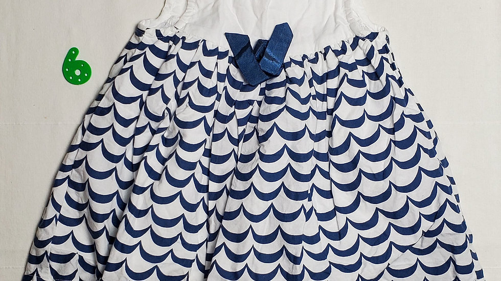 vestidoblanco con rayas azules