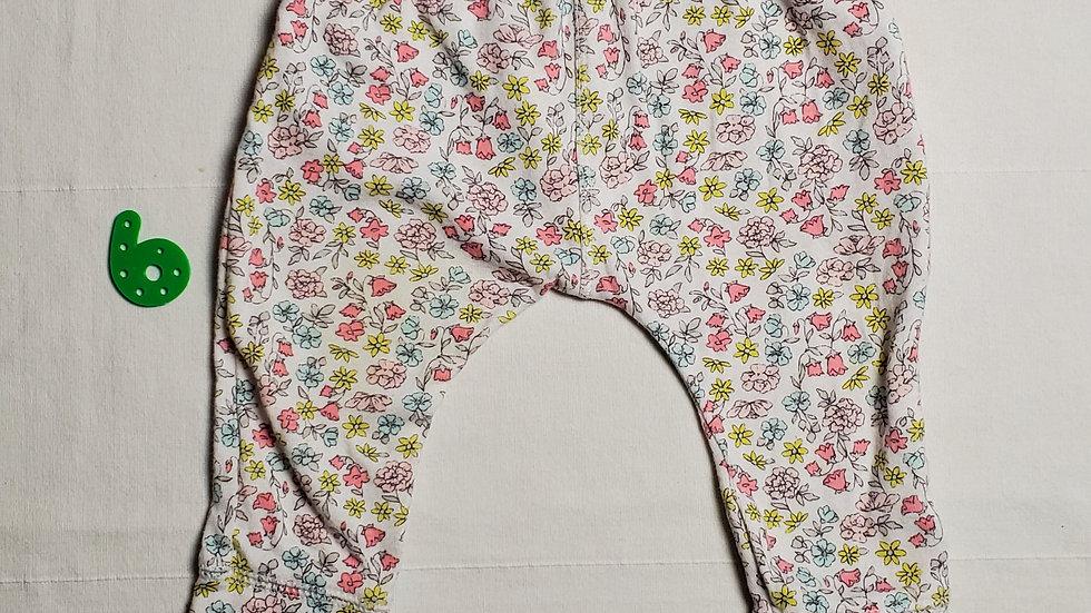 pantaloncitoblanco con flores