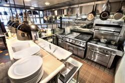 Kitchen_4_edited