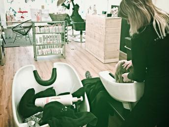 Full salon