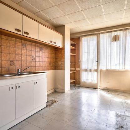 Chambre 6 AVANT (2).jpg