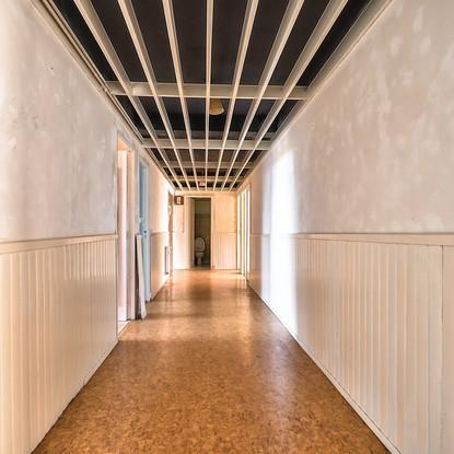 Couloir. AVANT (2).jpg