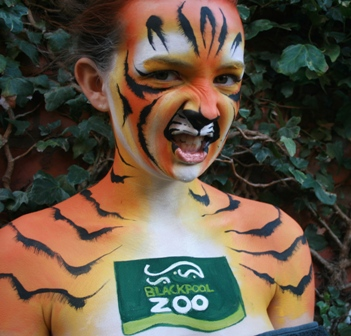 Blackpool Zoo Tiger paint web.JPG