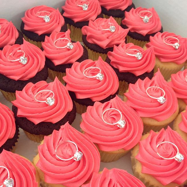 It's wedding season & love is in the air for something sweet! #njbakery #cupcakes #events #wedding #