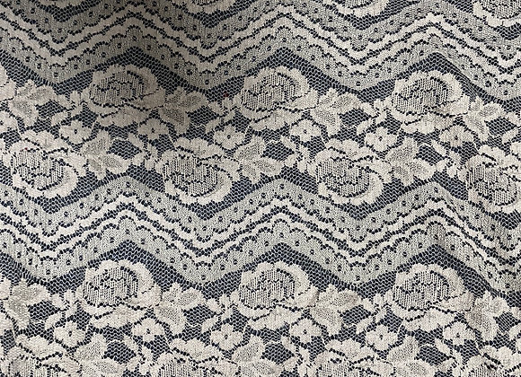 Light brown sig zag and flower lace stretch