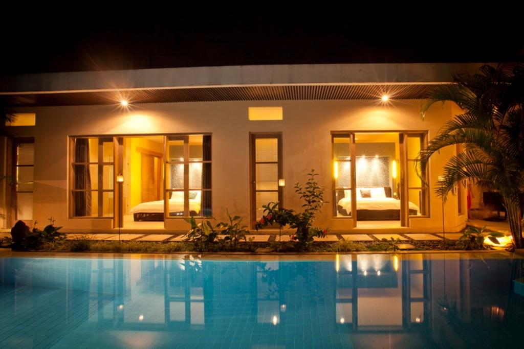 Enigma Villa 1 pool at night-0466_resize