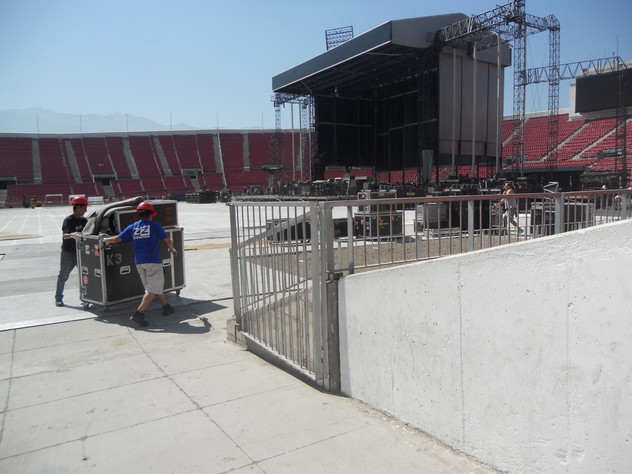 Lady Gaga 2012 Santiago de chile.JPG