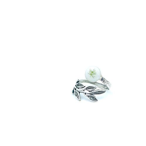Plumosa Fern Broad Leaf Ring