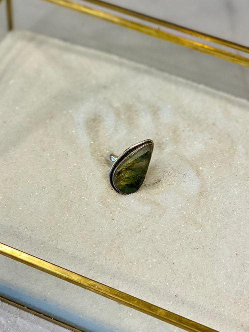 Labradorite Turkish Ring