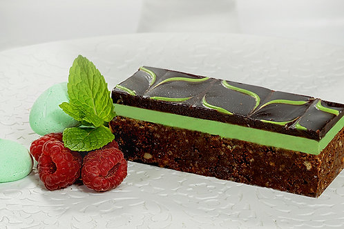 Peppermint Slice Tray 1.68kg (16 Slices)