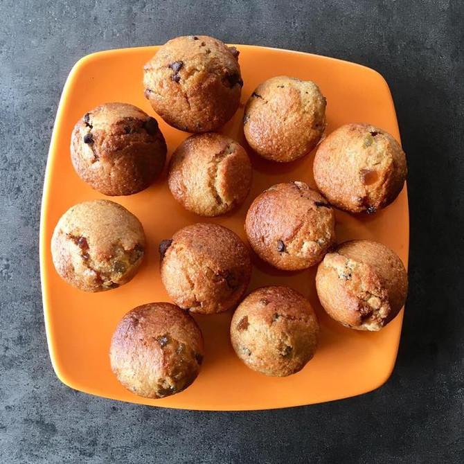 Gâteaux aux fruits  et pépites de chocolat