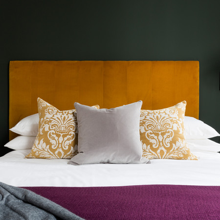 A Master Bedroom with heritage colours.