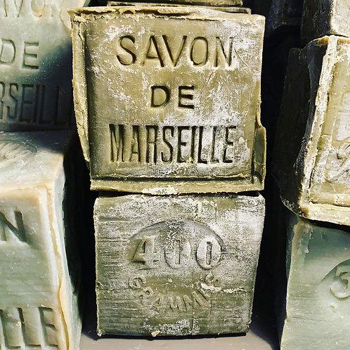 Cube de 400g de savon de Marseille
