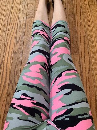 Pink Camo Plus Capris