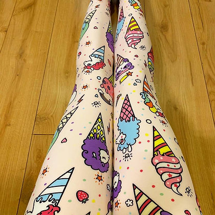 Summer Dreaming Plus Leggings