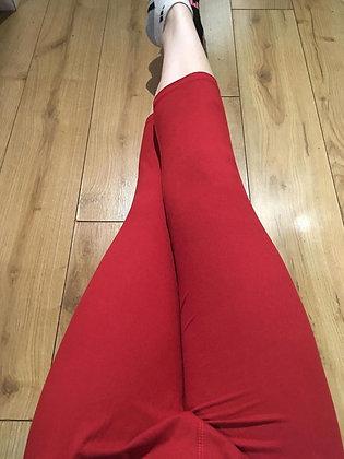 Red Plus Capris