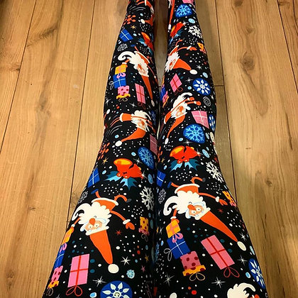 Christmas Chaos Queen Leggings