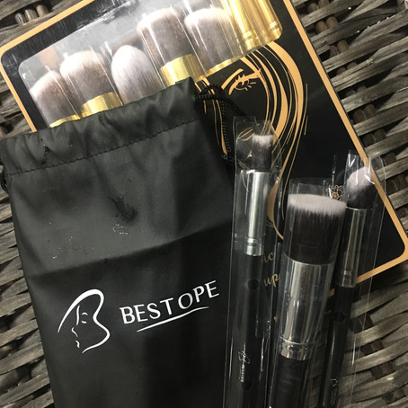 "Sample Saturday's ""Bestope Makeup Brush"" Review!!!"