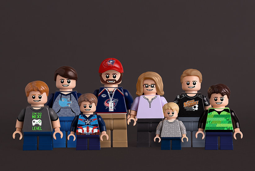 8 person custom portrait featuring you and your family/friends!