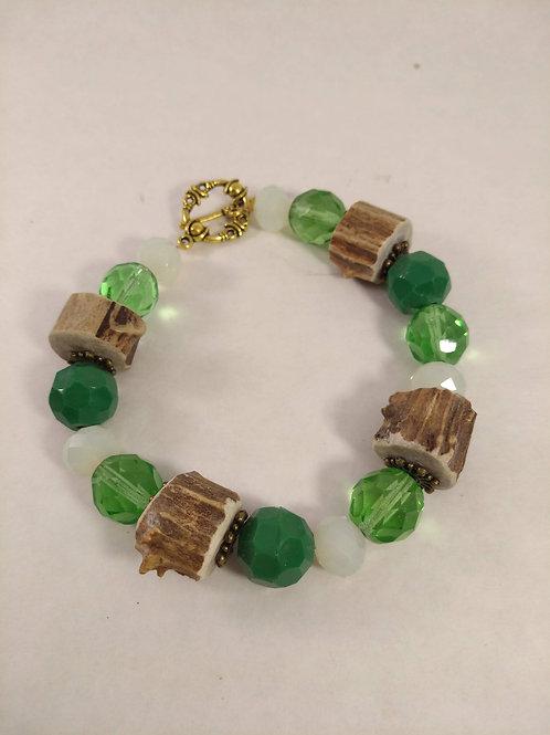 Green Pearls Armband mit Reh