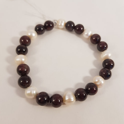 GRANAT Armband mit Perlen