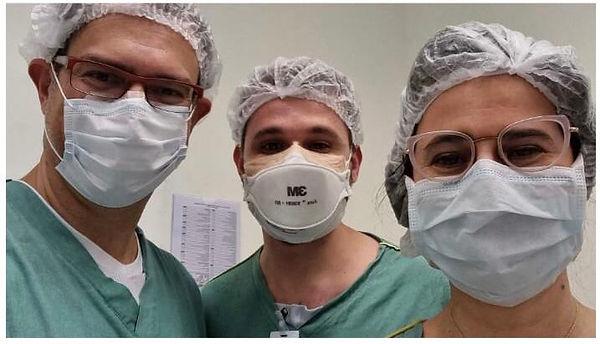 Dr. Andre Maia, Dr. Huber Vasconcelos e Dra. Juliana Sallum